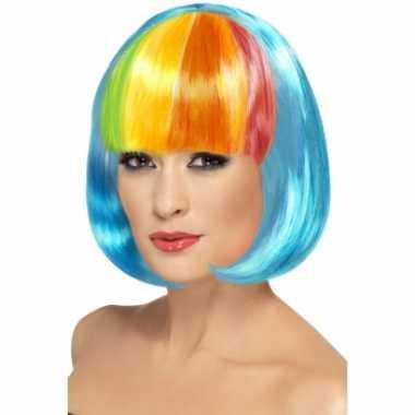 Blauwe pruik met regenboog pony