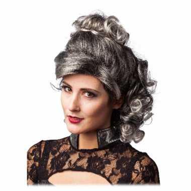Grijs/zwarte half lange haren pruik met krullen