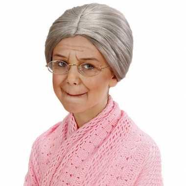 Grijze grootmoeder pruik met knotje voor kids