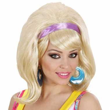 Jaren 60 pruik blond met haarband