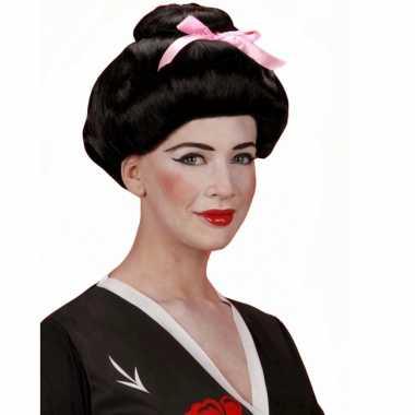 Zwarte pruik in geisha stijl