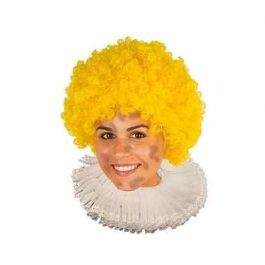Zwarte roetveeg pieten pruik geel
