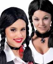 Zwarte wednesday verkleed pruik met vlechten voor dames